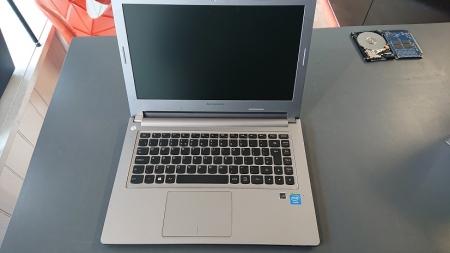 Lenovo M30-70 open